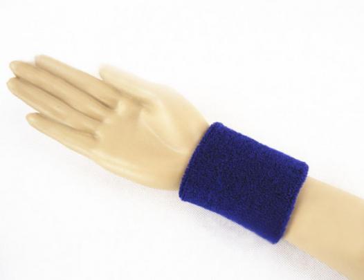 Спортивный напульсник на руку
