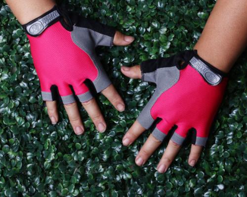 Перчатки для занятий спортом Nomazol