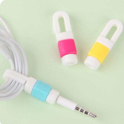 Цветной протектор на кабель с защитой от перелома с фиксатором кабеля Compact